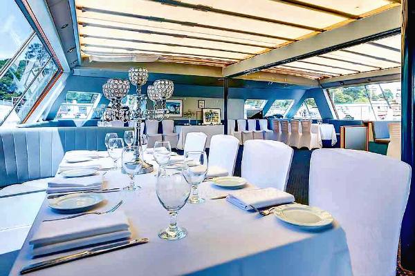 Aussie-Magic-Dining-Setup-950x650pW
