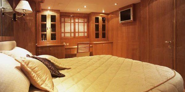 Oceanos-bedroom