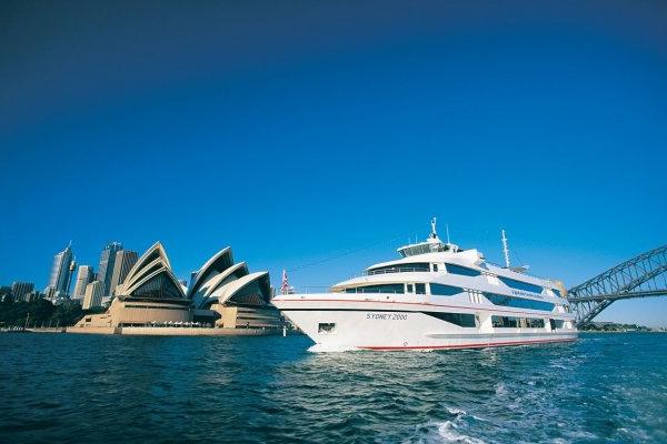 MV Sydney2000