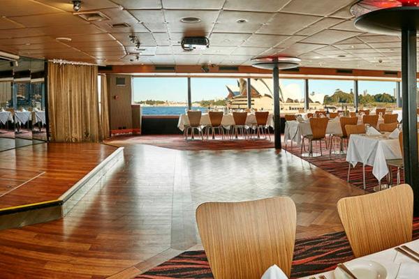 show deck1 600x400