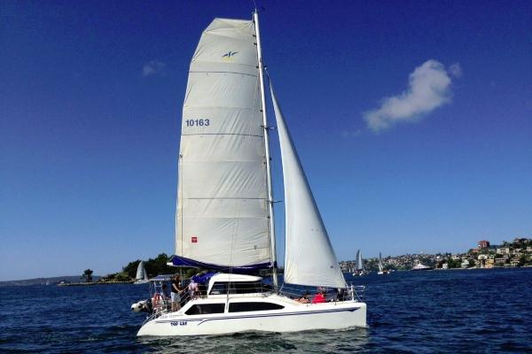 topcat under_sail 600x400
