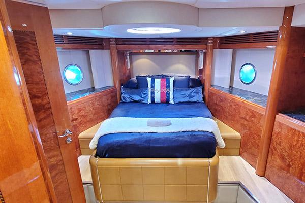prometheus-bedroom2